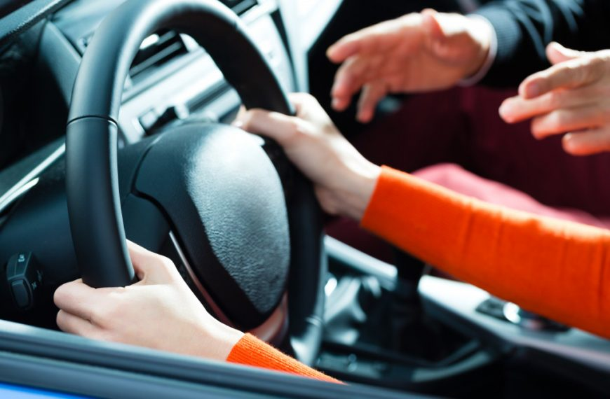 Driving 101: How You Can Teach Your Teen How to Drive